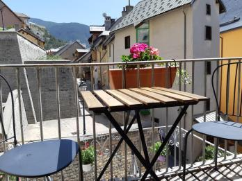 Maison à Tour No 2 balcony