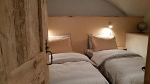 Maison à Tour No 1 twin bedroom