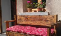 Pres des Forts larch bench